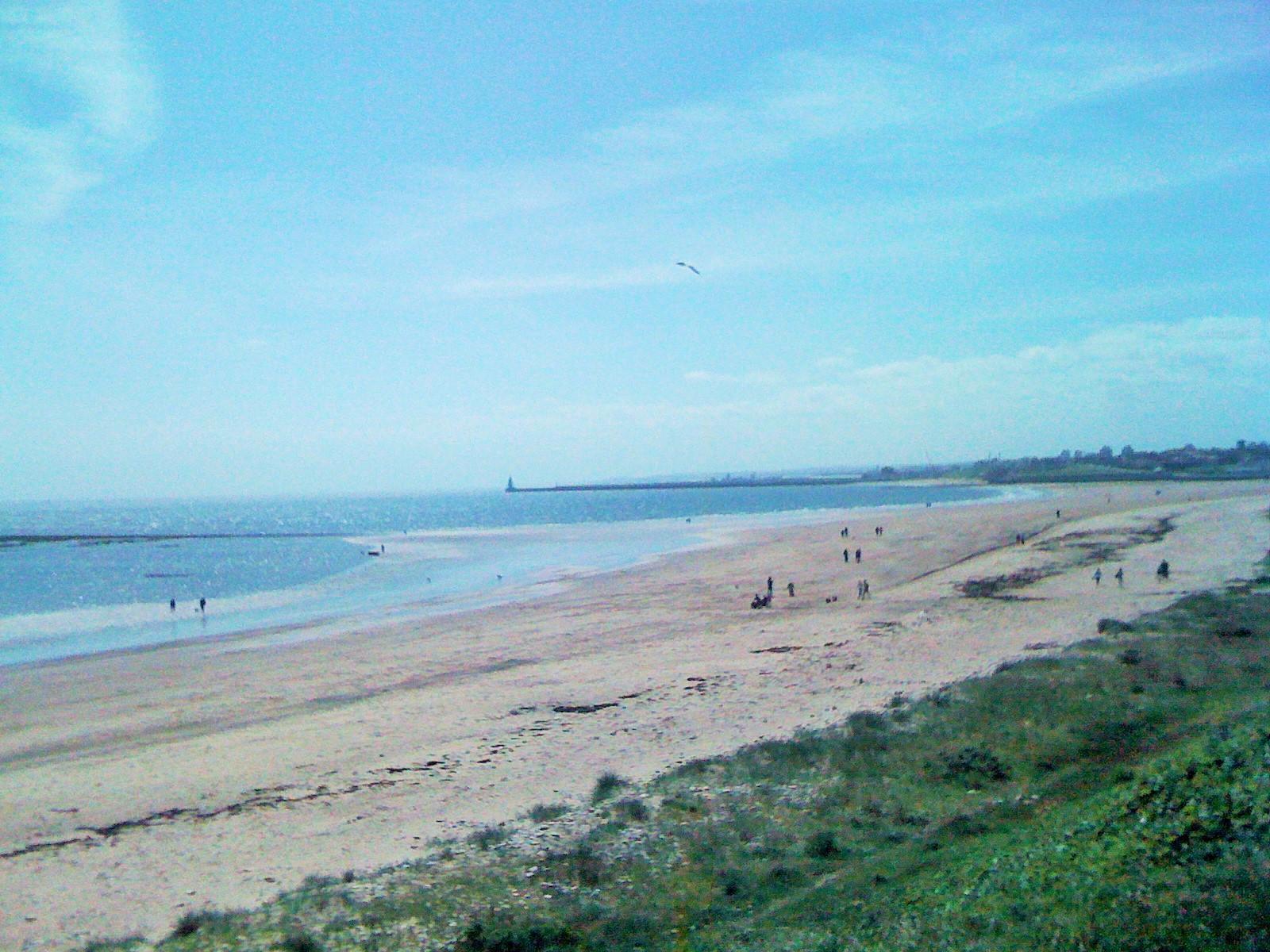 "Uk Grid Finder >> Sunderland Seaburn Beach - Photo ""The Bents, Whitburn"" :: British Beaches"