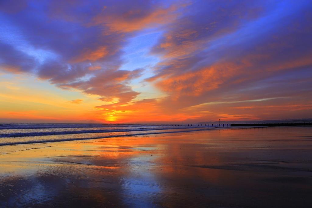 "Uk Grid Finder >> Blyth South Beach - Photo ""Sunrise"" :: British Beaches"