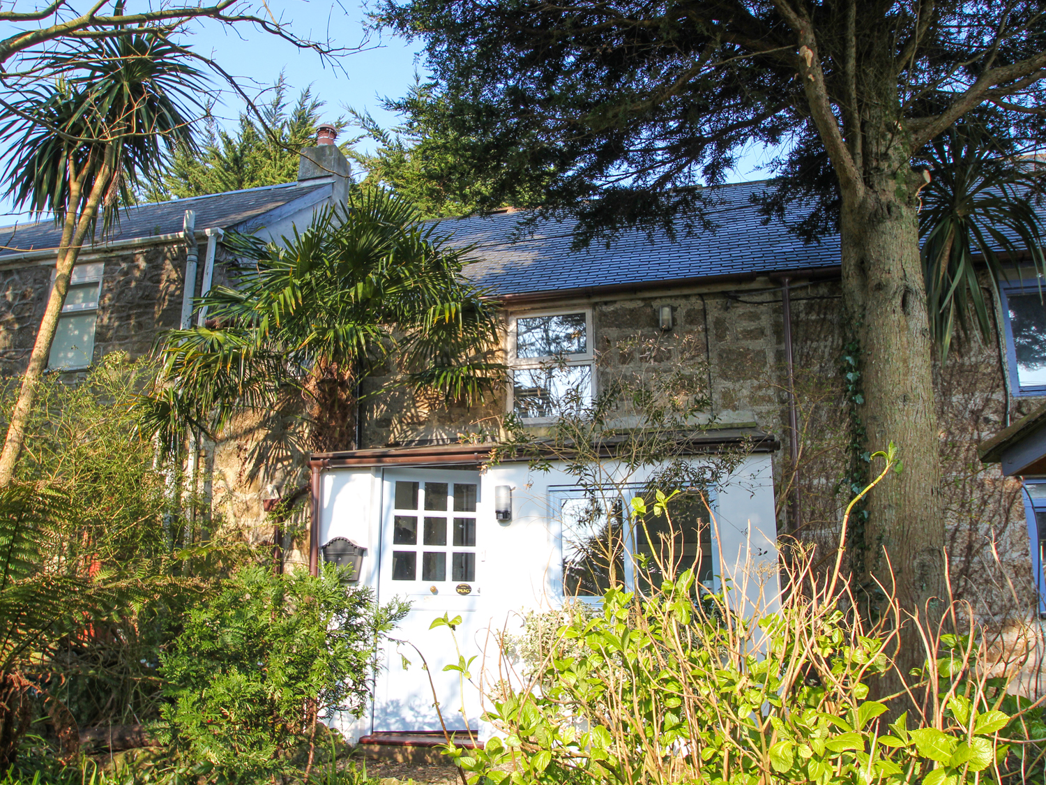 cottages tiptoe cornwall self country cottage catering couples in for