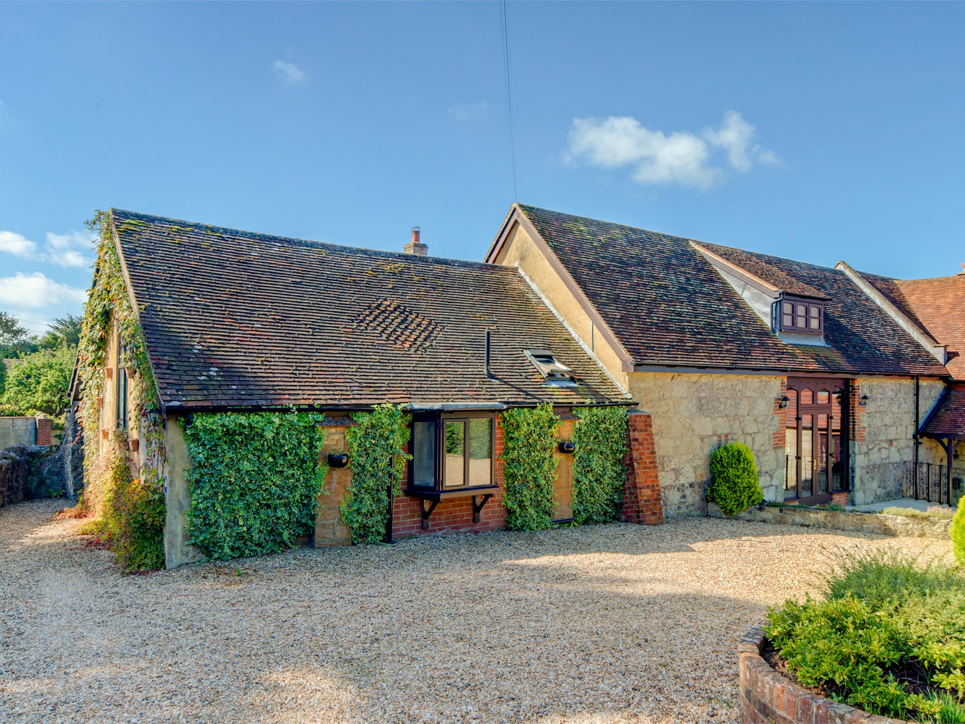 Romantic Newchurch Barn :: A holiday cottage in Isle of ...